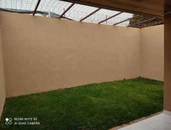 RAH OFC #21-403 casa en venta en Mercedes Norte