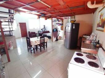 Venta de excelente propiedad con 2 casas en Vázquez de Coronado. #21-277