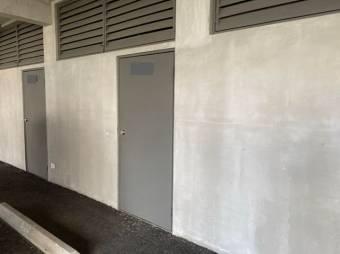 Alquiler de Apartamento en Escazú . 21-295a