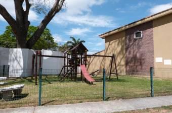 Alquiler de Casa en Pozos, Santa Ana. 21-58a