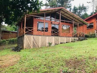 RAH OFC #21-412 casa en alquiler en El Jardin