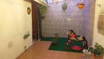 Venta de bella casa en Llorente de Tibás. #21-322