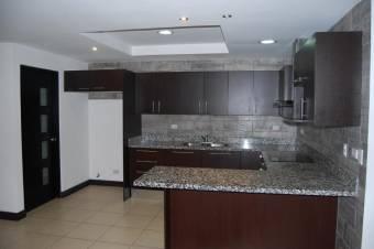 CG-20-1088. Moderna Casa en SantaAna  En Venta
