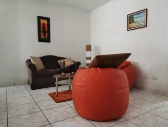 MLS 21-158 Hermosa casa en venta, Heredia