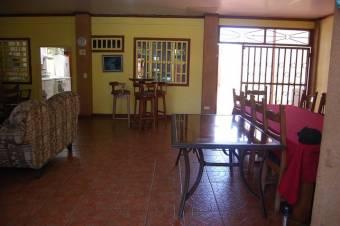 CG-20-1318  Preciosa Casa en PuntarenasPuntarenas.  En Venta