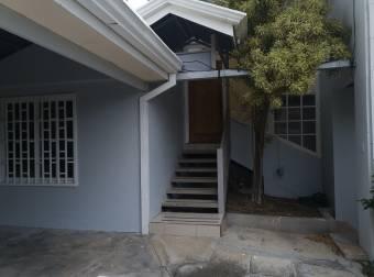 Venta de Casa en Santa Ana. 20-1754a
