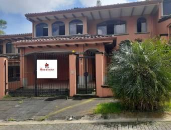 RAH OFC #21-420 casa en venta en San Rafael Escazu