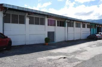 RAH OFC #20-1215 local en alquiler en Pozos