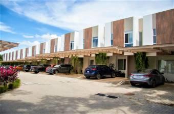 se alquila casa a estrenar a 1 km de Santa Ana centro casa tiene patio 21-311