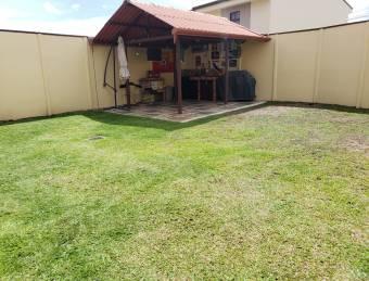 TERRAQUEA REBAJADA!!En Moravia, Hermosa Casa en Condominio con Grandioso Patio
