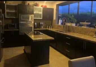 Se vende Casa en Condominio, Heredia, Barreal  No.55