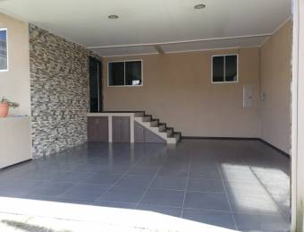 Hermosa Casa En Cartago con Vista Espectacular