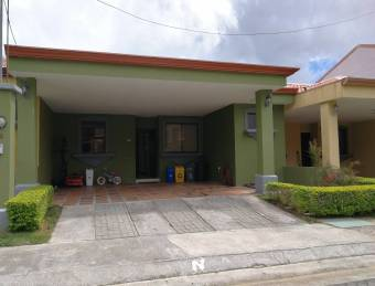 TERRAQUEA Hermosa casa en condominio en una sola planta con excelente ubicación