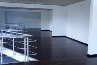 TERRAQUEA Nuevo Centro de Oficinas en una Excelente Ubicacion