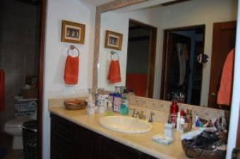 Hermosa Casa en Venta Escazu 3 Habitaciones, 320 mt2  19-297