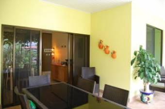 Hermosa Casa en Venta Alto de Guadalupe 3 Habitaciones, 306 mt2  19-537