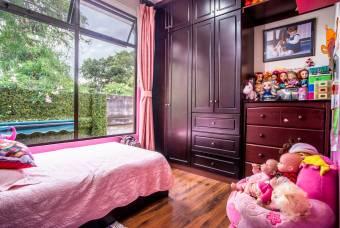 TERRAQUEA Hermosa casa en exclusivo condominio de Moravia