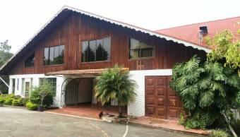 Se Vende Antiguo Hotel Casa Bavaria, Alajuela