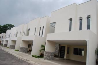 Se vende casa nueva en ganga ultimas unidades en Santa Ana Centro 19-1217