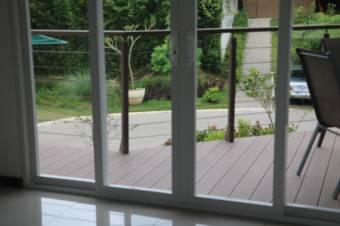 Acogedor apartamento, en condominio cerrado y seguro, ubicado en zona privilegiada en todo el corazó