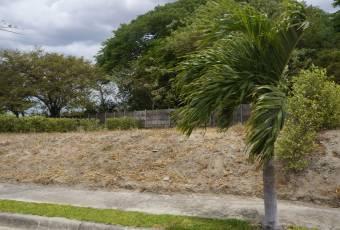 TERRAQUEA Imagine a construir su casa en un lote de 411 M2 en precioso Condominio