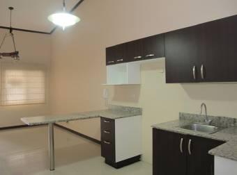 Casa en Condominio 90% nueva en San Rafael de Alajuela P120