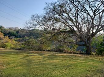 Terreno para desarrollar con hermosa vista en Carrillos de Alajuela