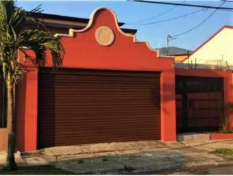 se vende espaciosa casa en santa ana centro 20-1527