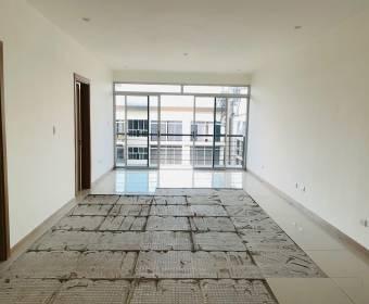 Bello apartamento en Piedades de Santa Ana - REMATE BANCARIO