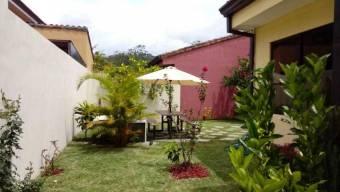 CG-20-884.  Moderna Casa en ElGuarcoElTejar.  En Venta